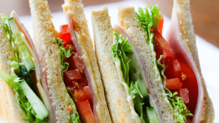 楽しい ご飯 サンドイッチ
